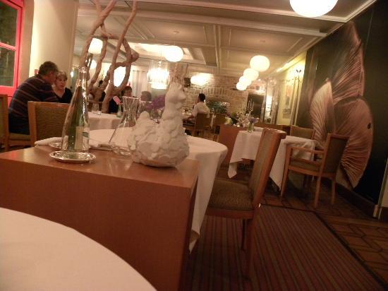 Le Manoir du Lys : la salle