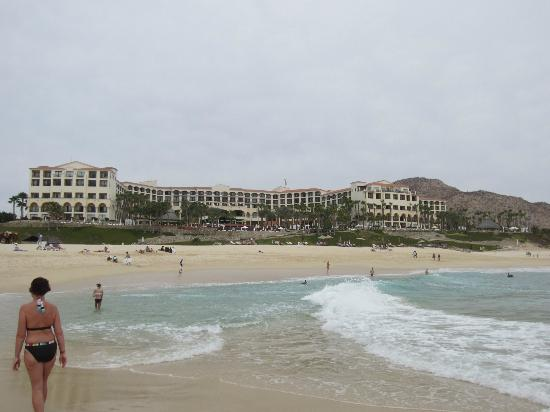Club Casa Dorada Spa & Golf Resort: View of resort from beautiful beach