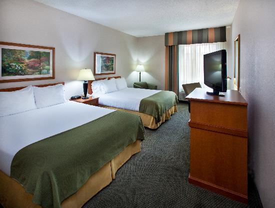 Holiday Inn Express Pella - Two Queen