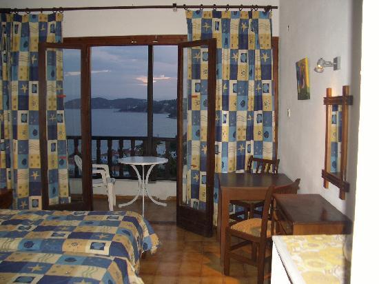Hotel Rene: room 2