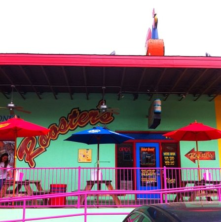 Rooster's Roadhouse: Great barbecue!