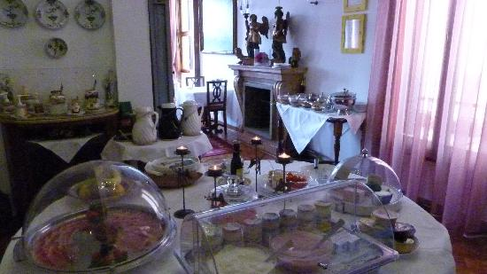 Ca' Angeli: Just some of the continental breakfast buffet