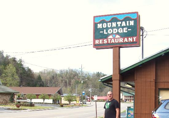 Mountain Lodge Restaurant   CLOSED