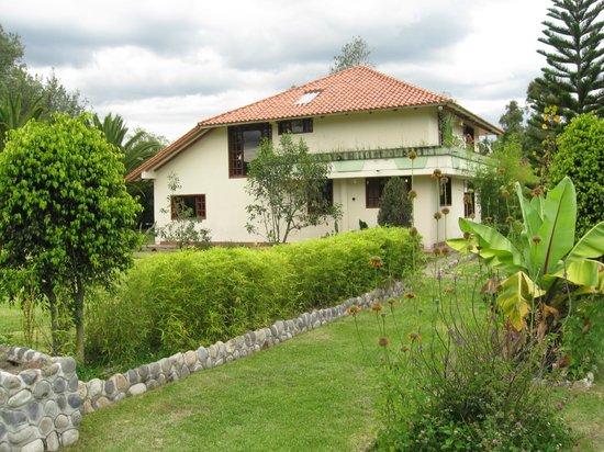 Casa jardin turi quindi quito ecuador opiniones y for Casa jardin hotel