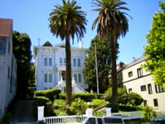 Victorian Home Walk: The Casebolt Mansion