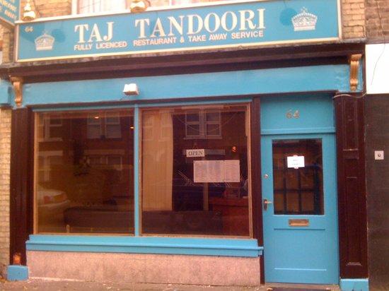 Taj Tandoori: It's bigger than it looks from the outside!