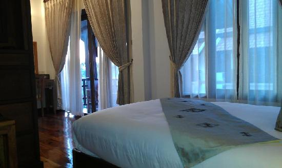 Ang Thong Hotel: Deluxe-Double-Room
