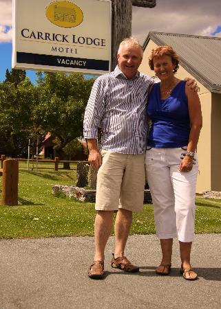 Carrick Lodge Motel: Hosts: Rob and Joan.