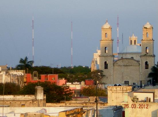 Hotel Ambassador Merida: View from the hotel