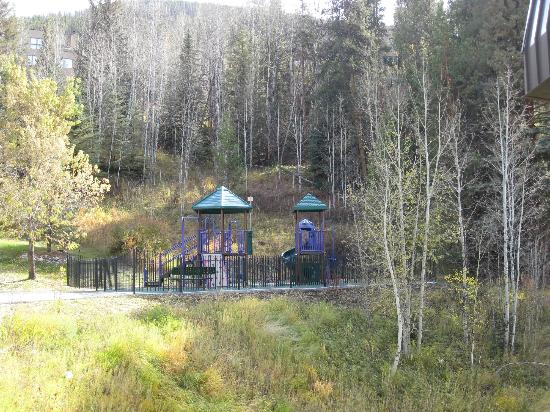 Marriott's StreamSide Evergreen at Vail: Playground on property