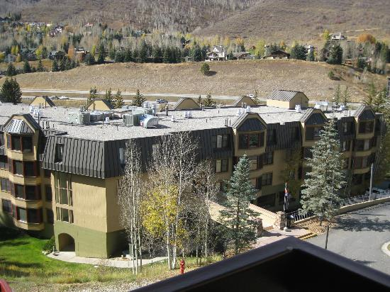 Marriott's StreamSide Evergreen at Vail: Evergreen building