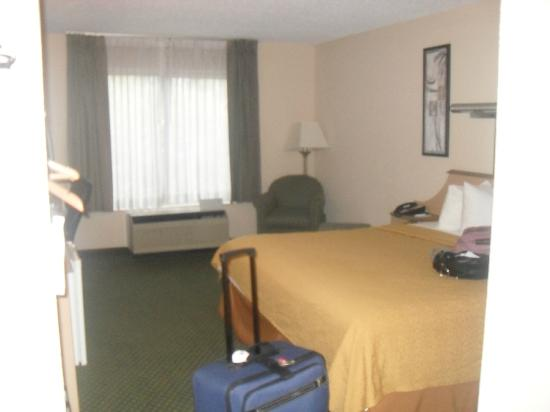Motel 6 Indianapolis North East: View from the door