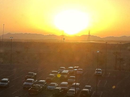 Quechan Casino Resort: Sunrise from our room