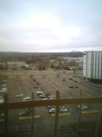La Quinta Inn & Suites Minneapolis Bloomington W: view from our 14th floor window