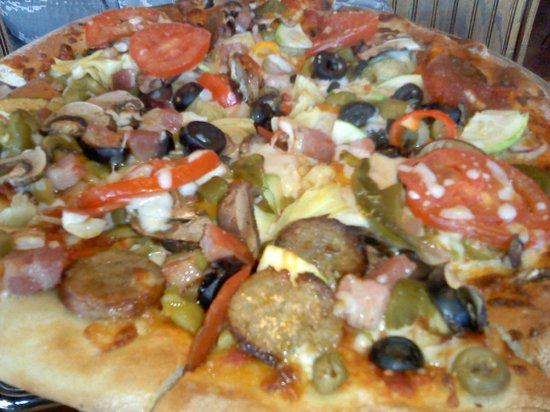Tony's Brick Oven Pizzeria: Pizza, with everything