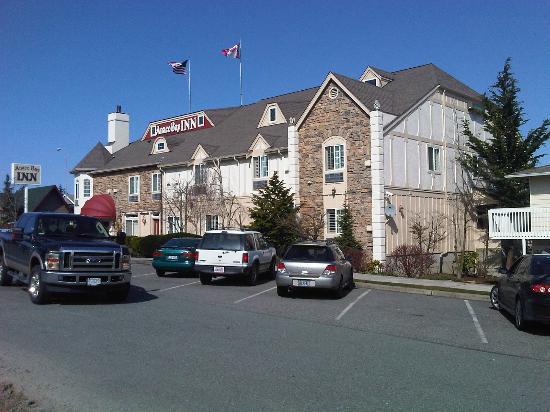 Anacortes, WA: Exterior of hotel