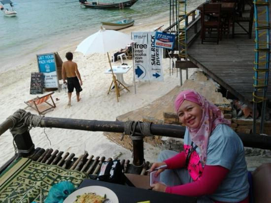 Salad Beach: Cosy little place to dine, My Way bungalows Restaurant