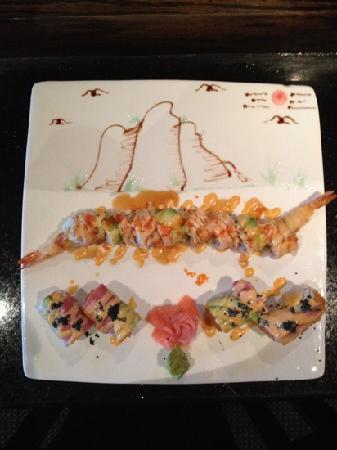 Fusion Asian Restaurant: fantastic roll