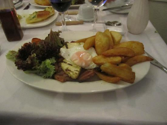 Plas Hyfryd Country Hotel : Most unappetising evening meal