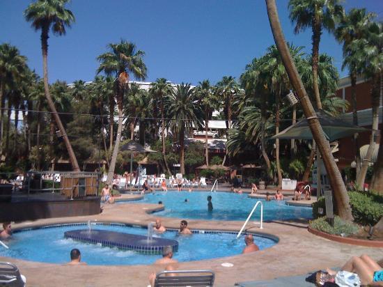 Enjoyed The Pool And The Hot Tub Picture Of Treasure Island Ti Hotel Casino Las Vegas