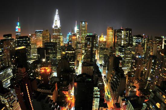ONE UN New York: Magnificent night view from my room