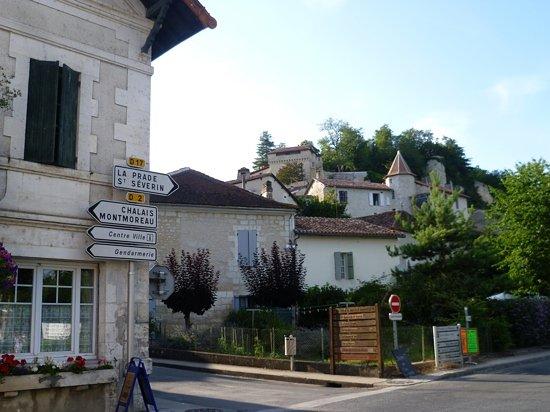 Morel's : the castle at Aubterre sur dronne