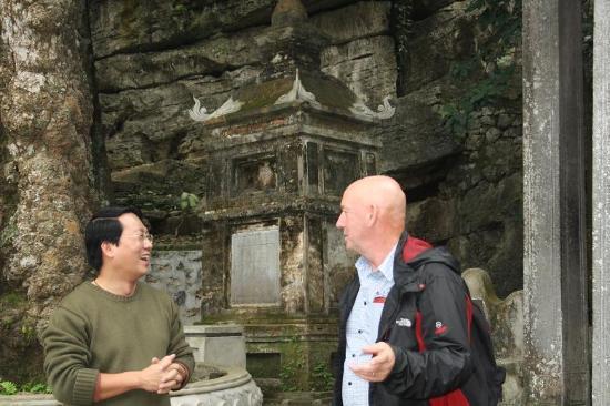 Hanoi Homestay - ChezLinhLinh House: Lam always has a joke or two