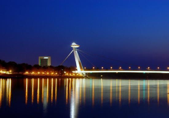 New Bridge (Novy Most): il ponte