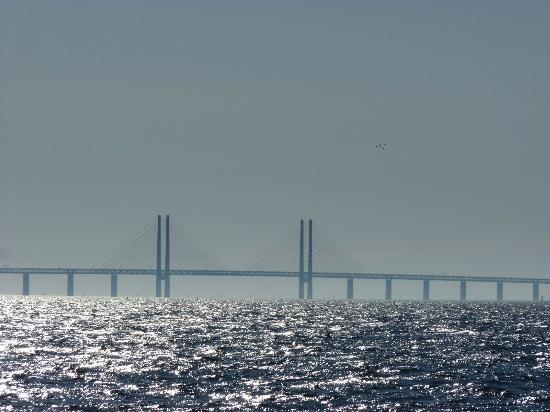 HSB Turning Torso: Oresund Bridge