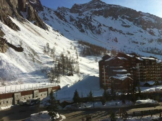 Champs Avalins Hotel : View from room