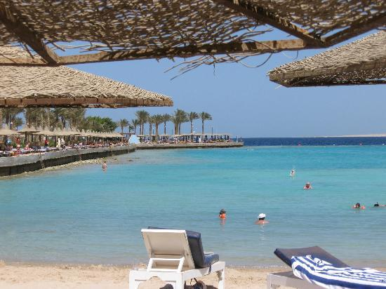 Arabia Azur Resort: beach