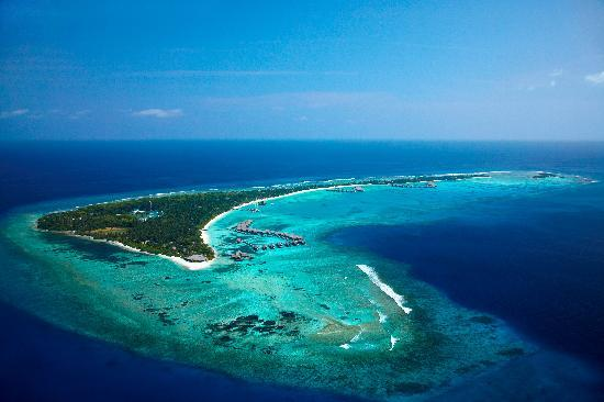 Shangri-La's Villingili Resort and Spa Maldives: Villingili Island in Addu Atoll