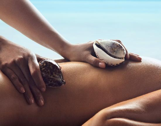 Shangri-La's Villingili Resort and Spa Maldives: Signature Cowrie Shell treatments at CHI, The Spa