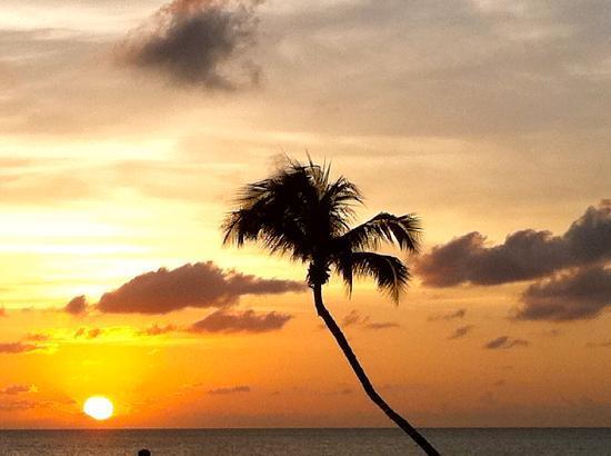 Sunset on Seven Mile Beach