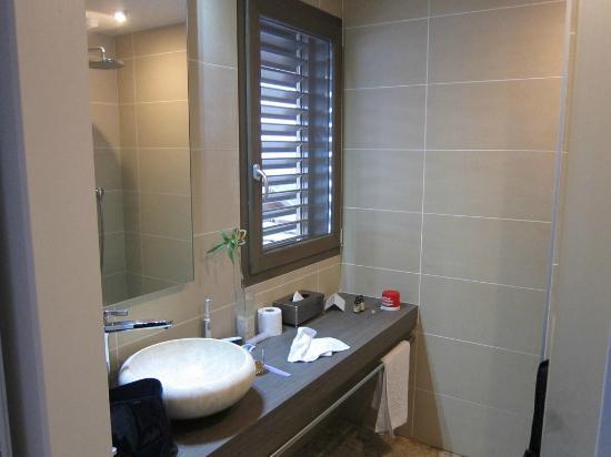 la Croix de Savoie : Bathroom