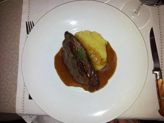 OJ Restaurant: Onglet de boeuf - Purée maison
