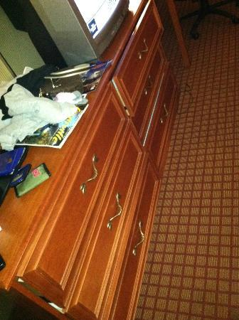 Louisville Airport/Expo Hotel: 4 dresser drawers would only open this far (see other pic)