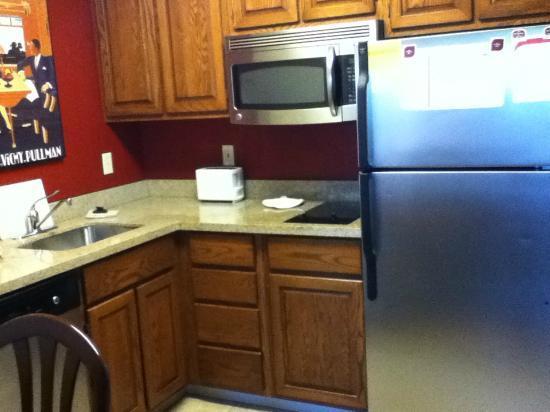 Residence Inn Eugene Springfield: kitchen