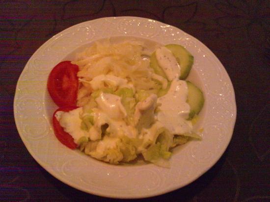 Plaka: Salade en entrée