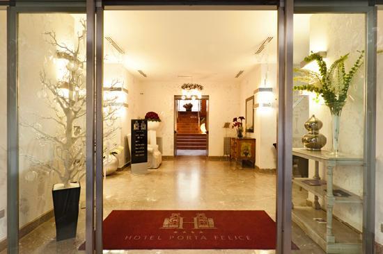 Hotel Porta Felice: INGRESSO/HALL