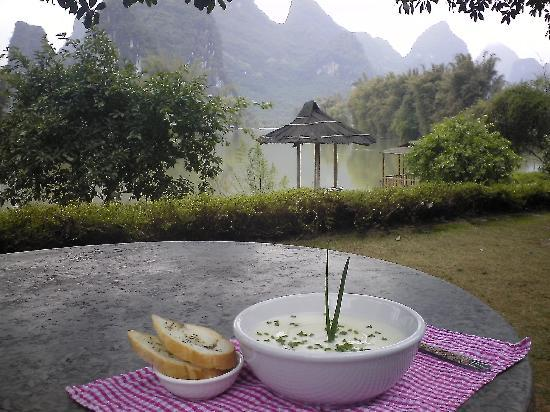Beautiful scenery at lunch, Yangshuo Mountain Retreat, Yangshuo China