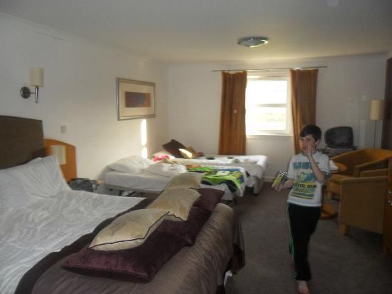 Auchrannie Spa Resort: Our family room