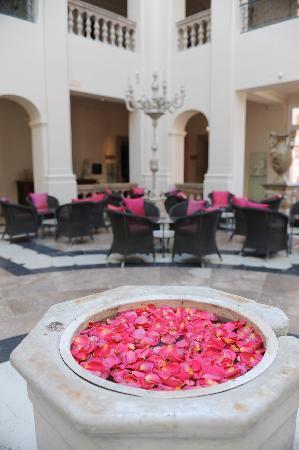 Villa Padierna Palace Hotel: Lobby