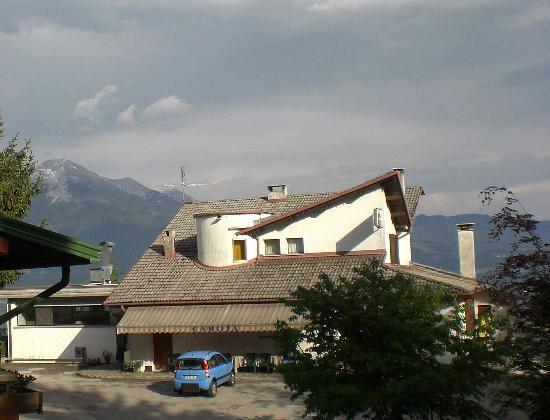 Trattoria Rifugio Carota : Rifugio Carota building