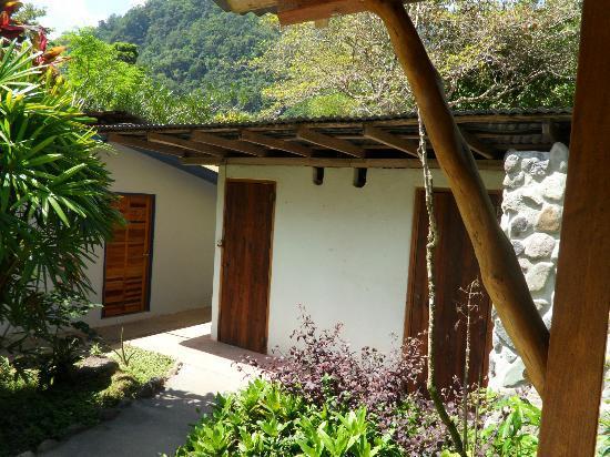写真Omega Tours Eco Jungle Lodge枚