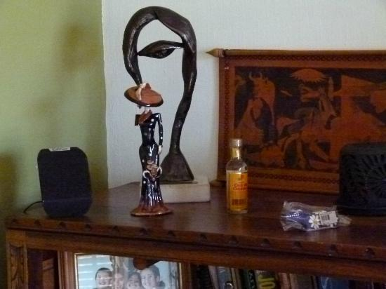 "Una Noche Mas: ""Found"" objects."