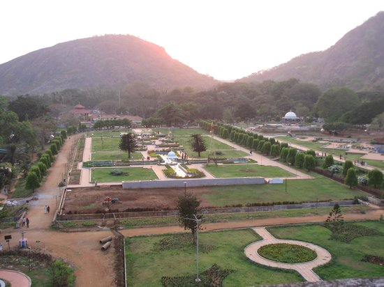 Malampuzha Garden and Dam