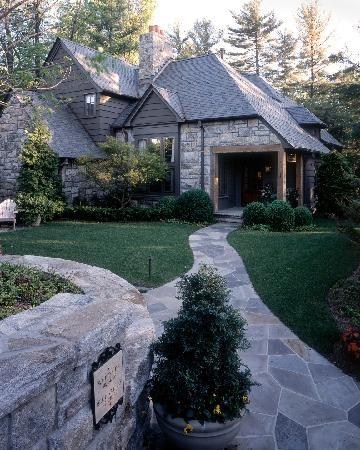 Old Edwards Inn and Spa : One of the Guest Cottages