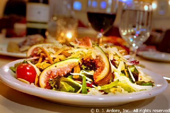 Gourmet Cafe Restaurant: Salad Special With Figs