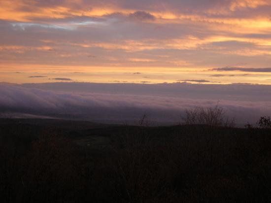 Sunset at Point Lookout Mountain Inn